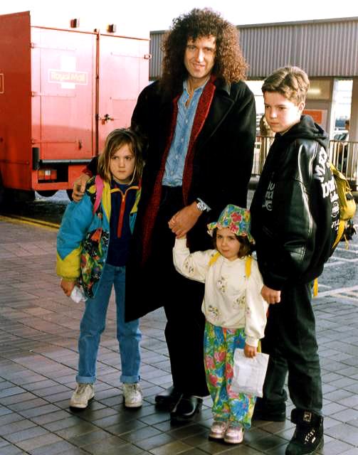 Brian May 77 (4)