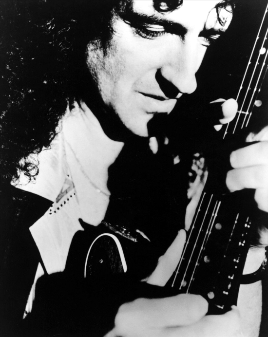 Brian May and his famous Red Special 002
