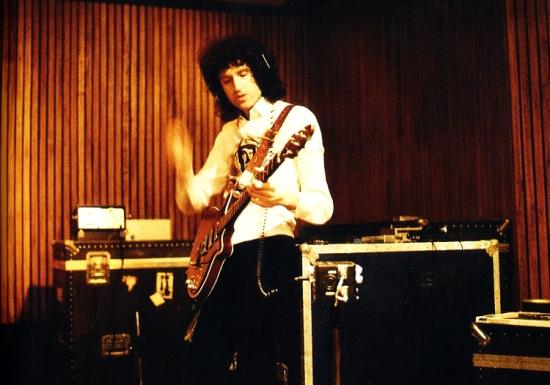 Brian May in studio