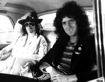 Freddie i Brian w 1975 r.