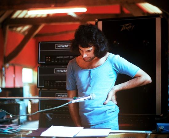 Freddie circa ANATO 002