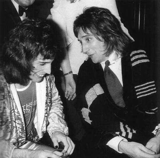 freddie-mercury-and-rod-stewart