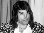freddie-mercury-in-1975