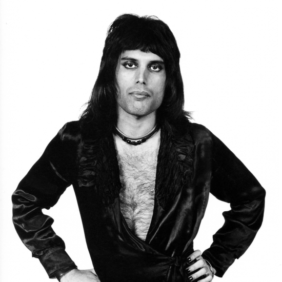 Freddie solo photo shoot in London with Mick Rock in June 1974. Looking every inch the rock star.