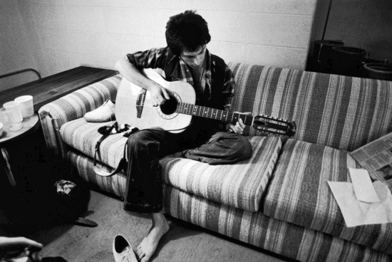 freddie-with-guitar