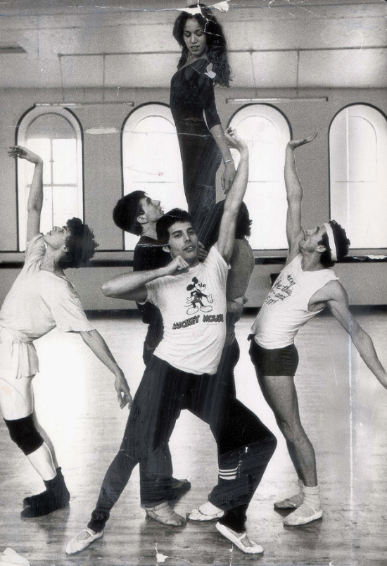Freddie with Royal Ballet 002