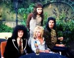 Queen 1976