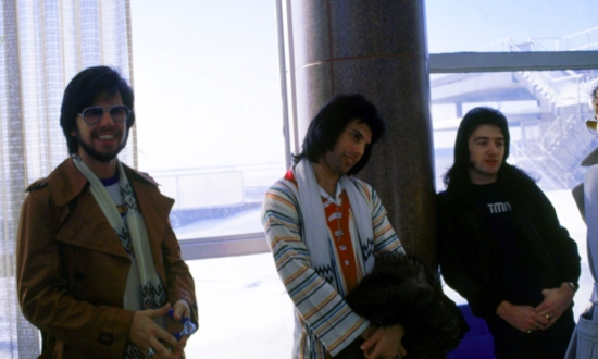Queen and Thin Lizzy tour the USA, 1977 (2)