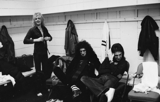 Queen backstage at the Montreal Forum, 26th January 1977 002