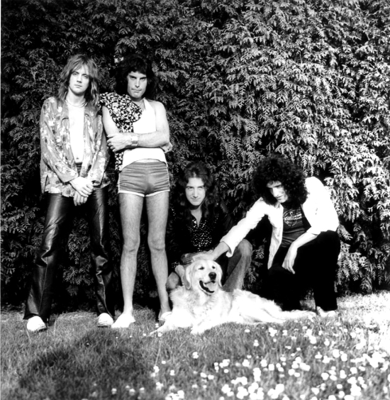 Queen in 1975 session 02