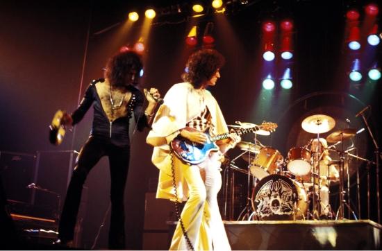 Queen na żywo w 1975 r.