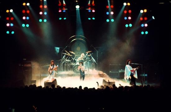 Queen Live in 1977