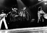Queen on stage Wallpaper 02