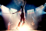 Queen performing on stage WALLPAPER