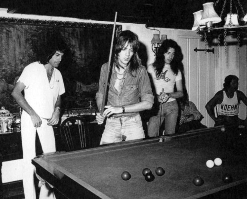 Queen i snooker, Ridge Farm, lipiec 1975 r.