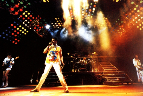 Queen Wembley Wallpaper