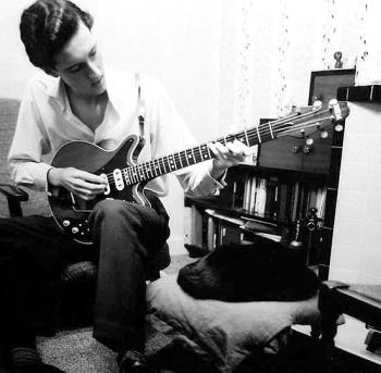 15-letni Brian i jego towarzysz - kot Squeaky; fot. astronomy.com