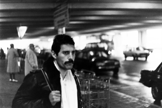 Freddie arrival at Brussels airport, 1980