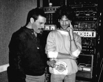 freddie-mercury-and-billy-squier-in-london-1986-photo-by-peter-hince