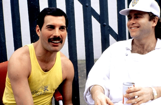 Freddie & Elton John za kulisami Live Aid
