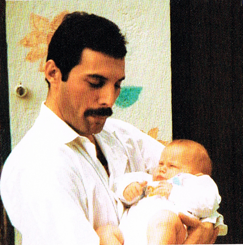 freddie-mercury-and-macks-son-picture-02