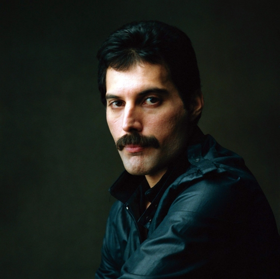 Freddie Mercury Big Photo 002