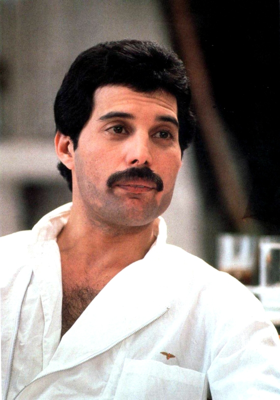 freddie-mercury-photo-563
