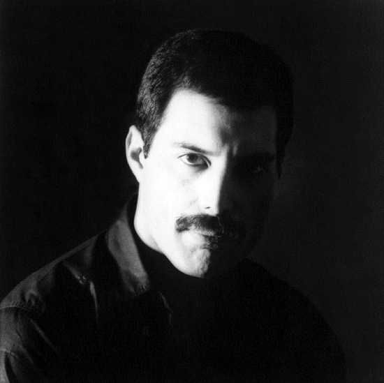 freddie-mercury-picture-in-1982