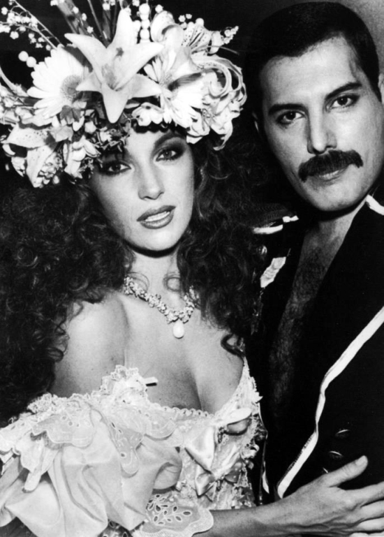 Jane Seymour and Freddie at the Fashion Aid, 6th November 1985