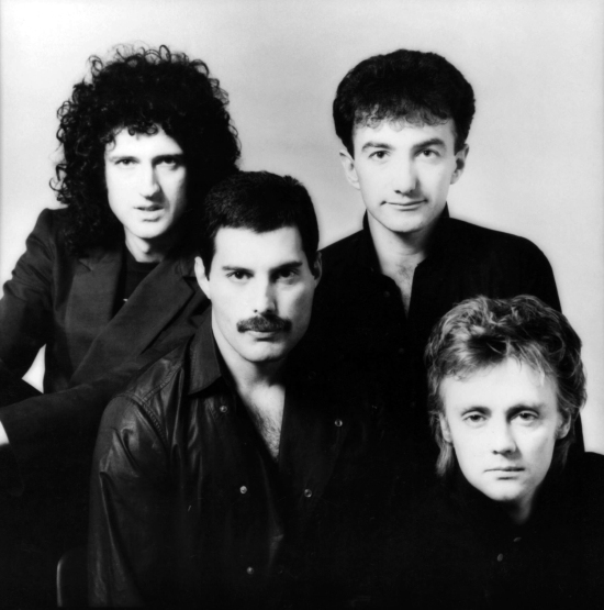 A photo session with Simon Fowler for the 'Hot Space' album in 1982