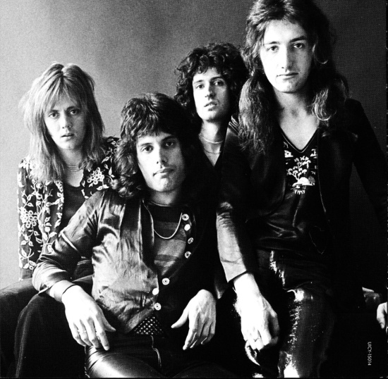 Early Queen by Johnny Dewe Matthews in 1974 (2)
