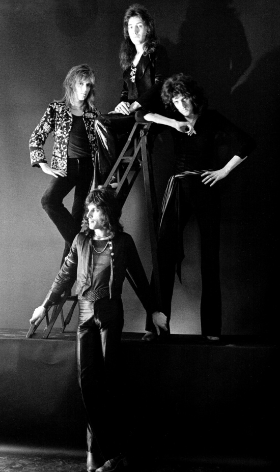 Early Queen by Johnny Dewe Matthews in 1974 (5)