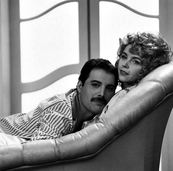 Freddie Mercury and Debbie Ash - Making of The Great Pretender Video