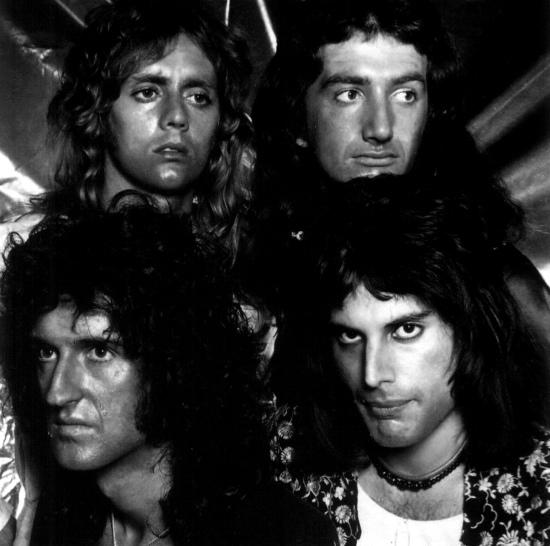 Queen in 1974 (1)