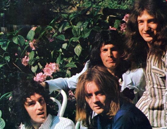 Queen, 1974 r.