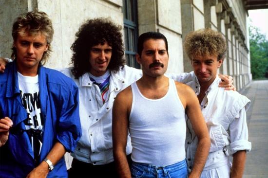 queen-in-19842