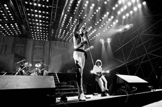 Queen in Italy, 1984