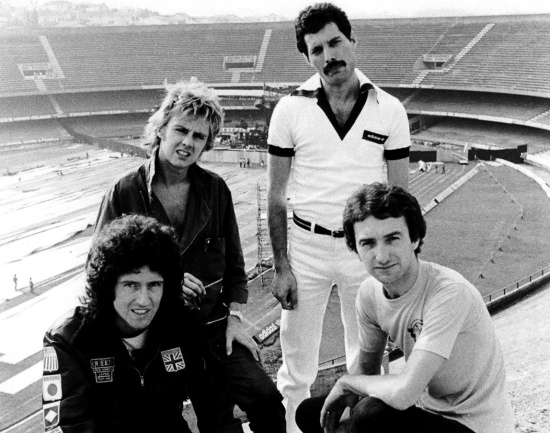 queen-in-south-america1