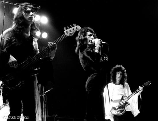 Queen Live '74 (1)
