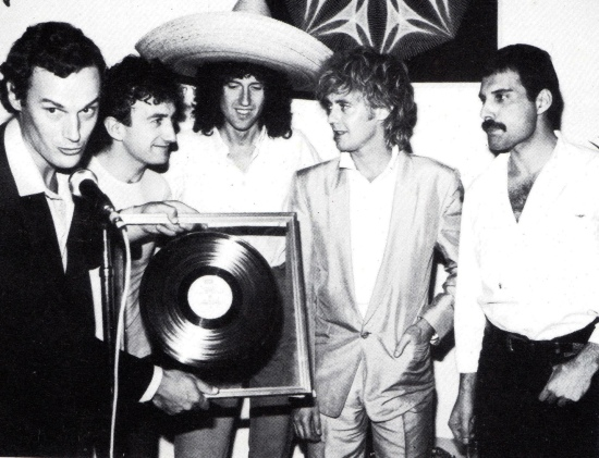 Receiving awards in Mexico in October 1981