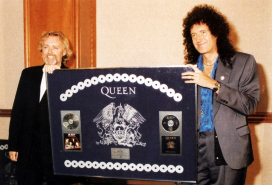 """Roger and Brian, at the launch of their new album, """"Made in Heaven"""" in Dublin, as they accepted an Award for 23 Million Sales of """"Greatest Hits"""" 1&2(1995)"""