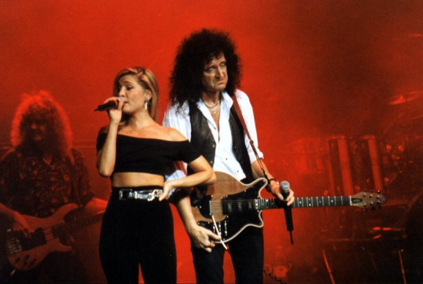 Cathy Porter i Brian May, Love Token; Sheffield, 9 czerwca 1993 r.; fot.: queenconcerts.com