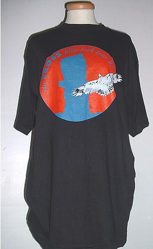 Koszulka z trasy Blue Rock (przód); Grafika przedstawia okładkę singla Life Changes; fot.: eil.com