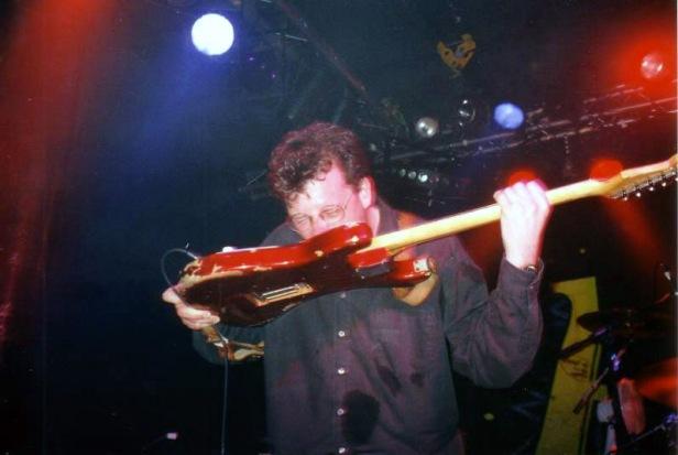 Jason Falloon, Nottingham, 31 marca 1999 r.; fot.: queenconcerts.com