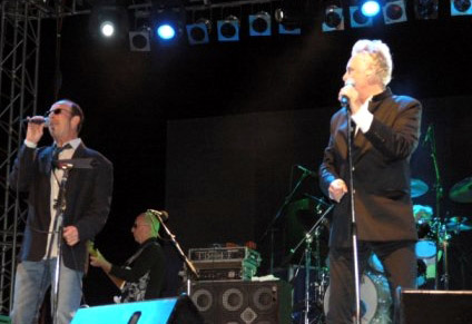 Under Pressure, Chris Thompson i Roger Taylor, 16 czerwca 2005 r.; fot.: queenconcerts.com