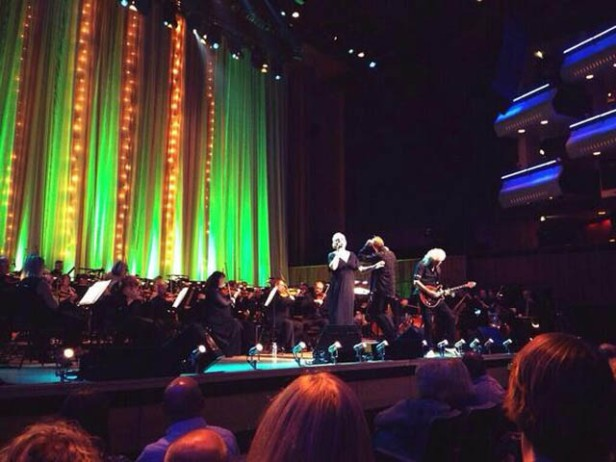 The Don Black Songbook, Kerry, Brian i The Royal Philharmonic Orchestra, 3 października 2013 r.; fot.: queenconcerts.com