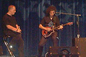 National Music Show, 28 listopada 1999 r.; fot.: queenconcerts.com