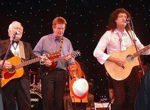 Bal Szczurów Wodnych, 28 listopada 2004 r.; fot.: queenconcerts.com