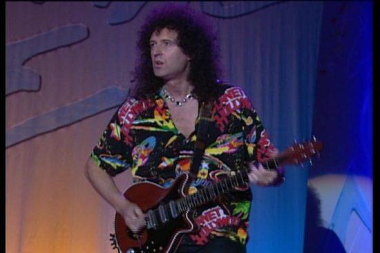 "Z cyklu ""Dziwne koszule Briana Maya"" - Live at Montreux 1994"