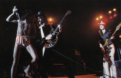Tokio, 22 marca 1976 r.; fot.: queenlive.ca